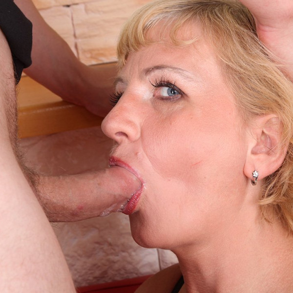 AMAZING MILF ANAL SEX - Photo 5 / 16